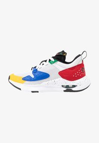 JORDAN AIR CADENCE - Trainers - white/game royal/black/gym red/pine green