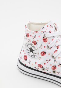 Converse - CHUCK TAYLOR ALL STAR  - High-top trainers - white/red/black - 5