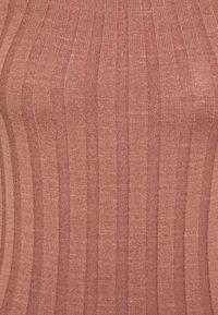 YAS Tall - YASVERONICA MIDI DRESS  - Shift dress - cognac - 2