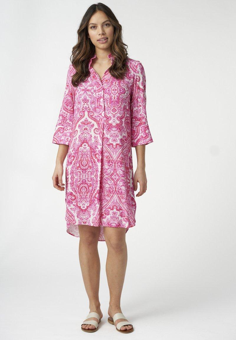 Dea Kudibal - KAMILLE - Day dress - paisley pink