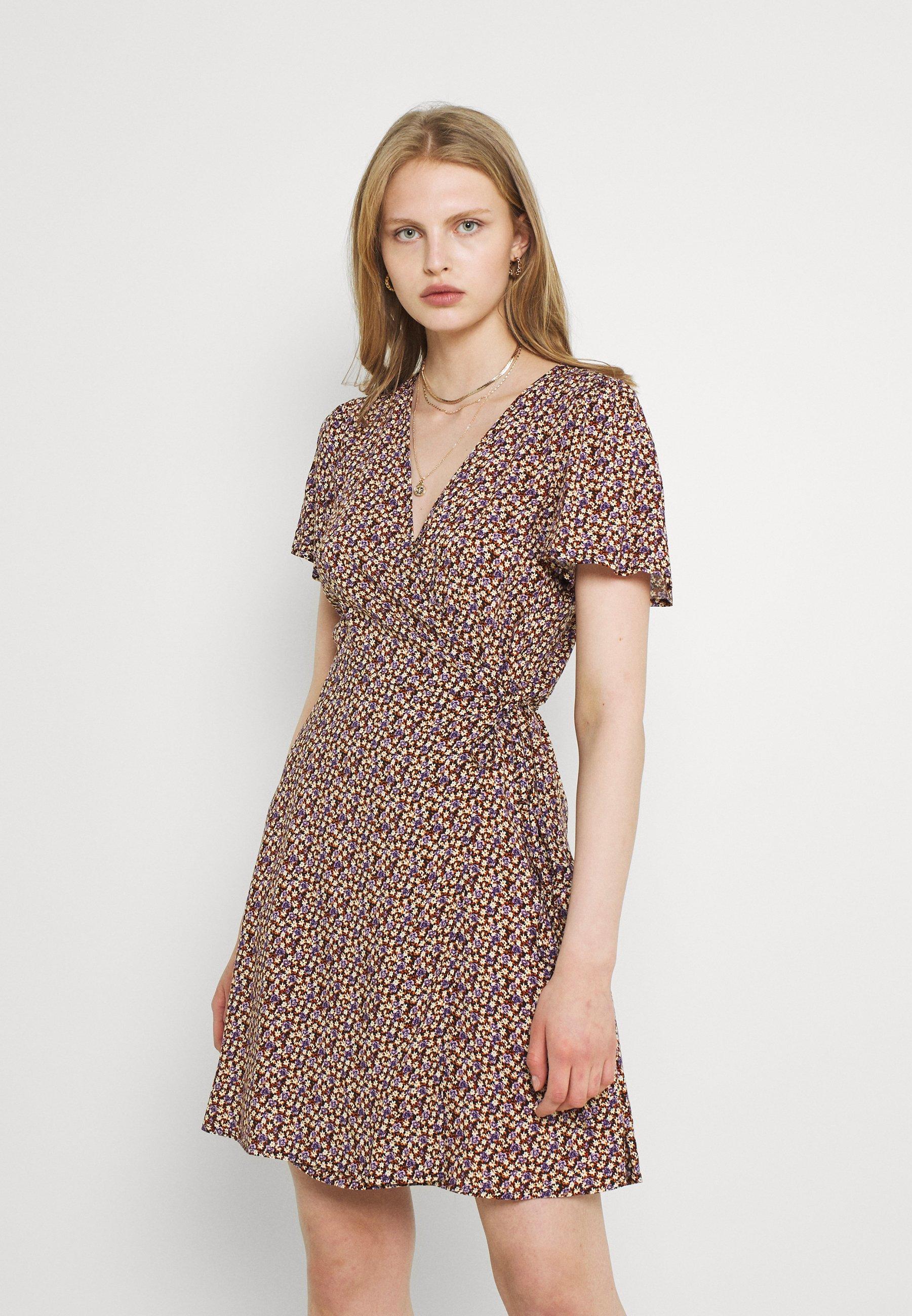 Women JDYSTAAR LIFE WRAP DRESS  - Day dress
