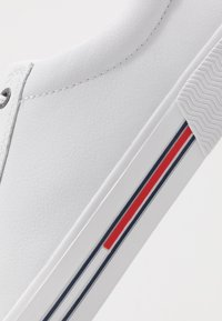 Tommy Jeans - ESSENTIAL - Trainers - white - 5