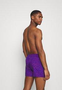 Lousy Livin Underwear - DOTS - Boxer shorts - purple - 1