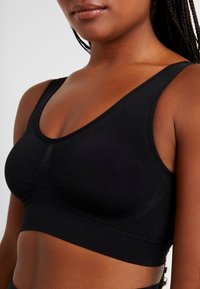 MAGIC Bodyfashion - COMFORT BRA - Bustier - black - 4