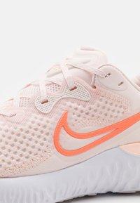 Nike Performance - RENEW RUN  - Nøytrale løpesko - light soft pink/summit white/crimson bliss/crimson tint/venice/white - 5