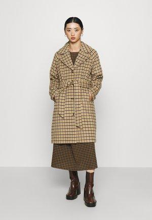 SLFMILAN CHECK COAT  - Classic coat - sandshell