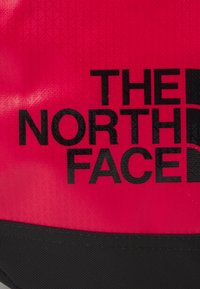 The North Face - BASE CAMP DUFFEL - XS - Sports bag - red/black - 2