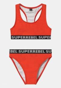 SuperRebel - SET - Bikini - neon red - 0