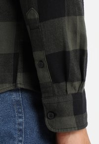 Only & Sons - ONSGUDMUND CHECKED - Skjorta - forest night - 3