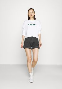 Levi's® - GRAPHIC STANDARD CREW - Felpa - white - 1