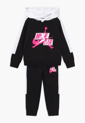 JUMPMAN CLASSICS SET - Tuta - black/white/pink blast