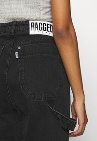 The Ragged Priest - COMBAT - Straight leg jeans - charcoal - 5