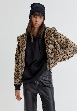 MIT KAPUZE - Winter jacket - khaki