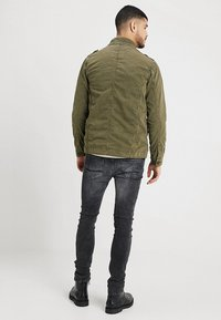 INDICODE JEANS - HUCKLE - Summer jacket - army - 2