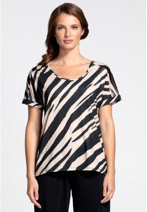 BOYFRIEND - T-shirt z nadrukiem - animal stripe