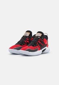 Jordan - ONE TAKE II - Basketbalové boty - university red/metallic gold/black/white - 1