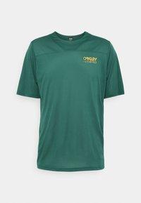 Oakley - CASCADE TRAIL TEE - Print T-shirt - bayberry - 0
