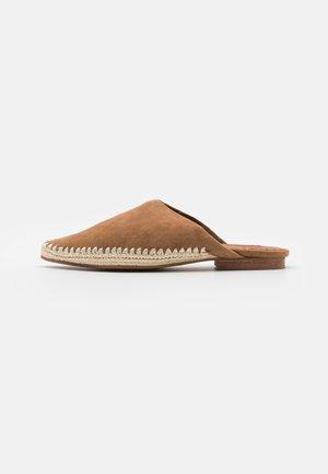 KALIM - Sandaler - brown