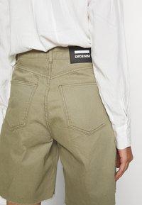 Dr.Denim - MEJA - Shorts di jeans - green agate - 5