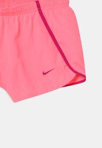 Nike Performance - SPRINTER  - Sports shorts - sunset pulse/fireberry - 2