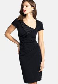 HotSquash - Shift dress - black - 0