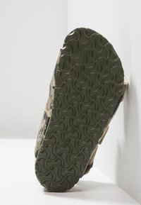 Birkenstock - MILANO - Sandals - khaki - 5