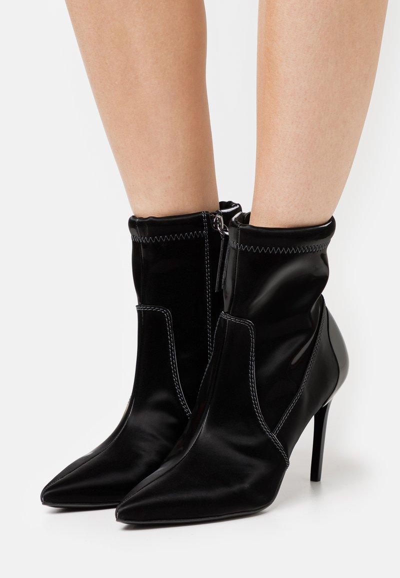 Diesel - SLANTY D-SLANTY MABZC BOOTS - High heeled ankle boots - black