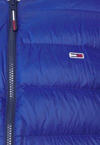 Tommy Jeans - LIGHT JACKET - Down jacket - blue - 2