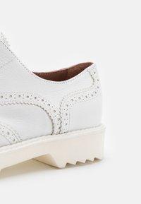 Homers - Nazouvací boty - blanco - 6