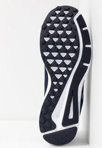 Nike Performance - QUEST 2 - Neutral running shoes - midnight navy/white/ocean fog - 4
