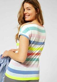 Cecil - MIT STREIFEN - Print T-shirt - weiß - 1
