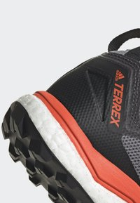 adidas Performance - TERREX AGRAVIC XT GORE TEX TRAIL RUNNING SHOES - Obuwie do biegania Szlak - grey - 6