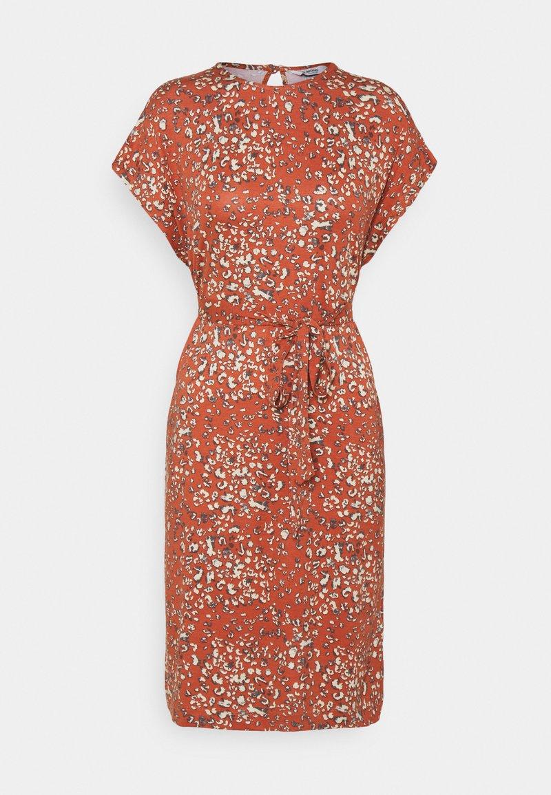 b.young - MALLI LEO DRESS - Jersey dress - etruscan red