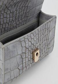 Valentino Bags - AUDREY - Bum bag - grey - 4