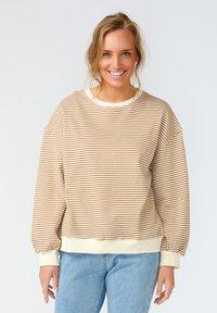 Noella - TATUM - Sweatshirt - camel stripe - 0