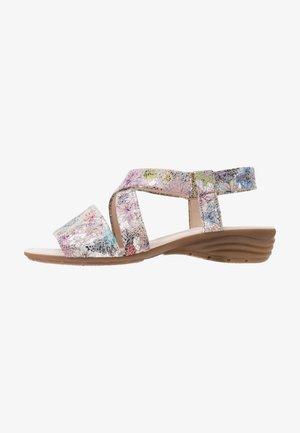 Wedge sandals - puder