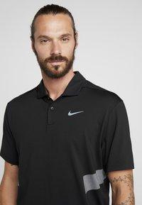 Nike Golf - DRY VAPOR REFLECT - Funktionströja - black/reflective silver - 5