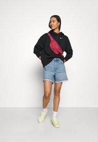 Nike Sportswear - HOODIE TREND - Hoodie - black/white - 1