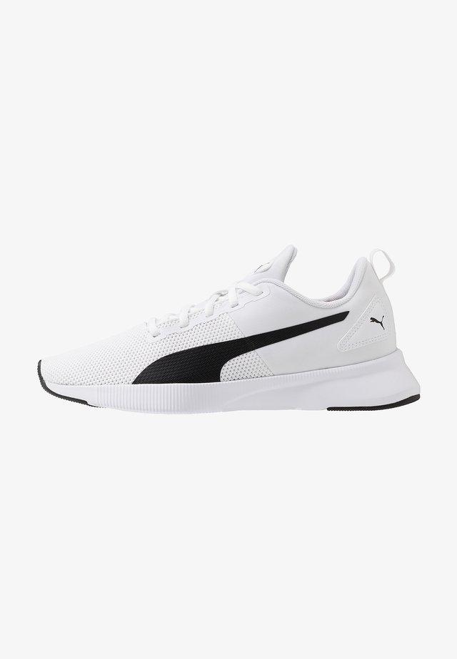 FLYER RUNNER - Zapatillas de running neutras - white/black