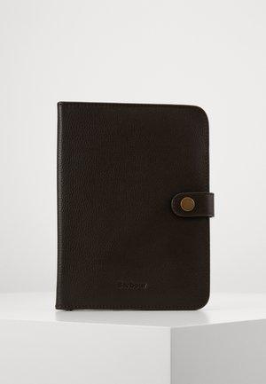KILNSEY NOTEBOOK COVER - Cestovní příslušenství - dark brown