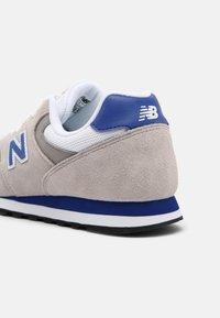 New Balance - 393 UNISEX - Sneakers - grey - 4