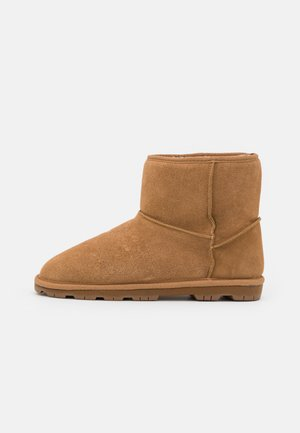 Zimní obuv - chestnut