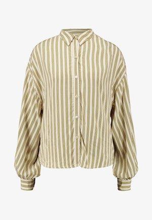 MARGOT - Skjorte - stripe sandshell