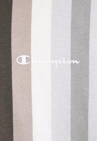 Champion - Triko spotiskem - black/grey - 5