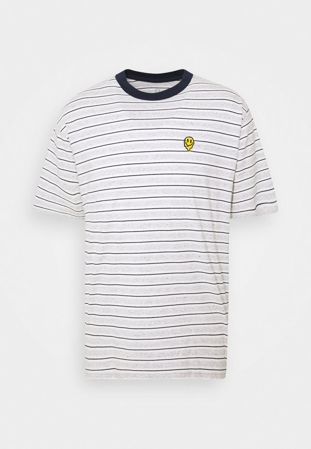 HILT MELTER  - T-shirt imprimé - off white/ash/washed navy