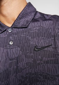 Nike Golf - DRY VAPOR CAMO - Funkční triko - black/gridiron - 4