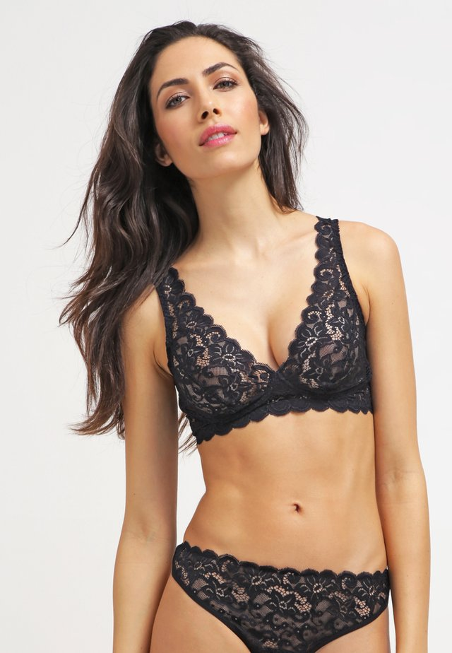 MOMENTS - Triangle bra - black