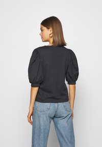 ONLY - ONLSASHA PUFF - Print T-shirt - black - 2