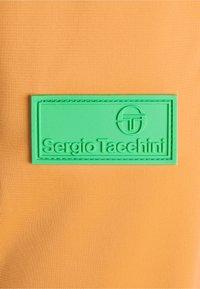 Sergio Tacchini - APULIA - Tracksuit bottoms - oak buff - 7