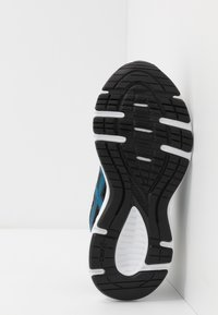 ASICS - JOLT 2 - Zapatillas de running neutras - black/directoire blue - 5